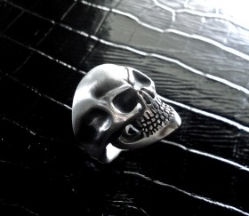 Anello teschio/Skull ring - DESIGN ORAFO E OLTRE...
